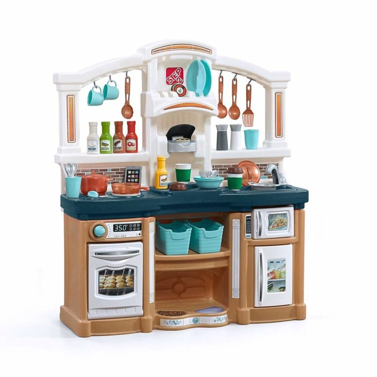 a867a2494ba 10 Best Kid Play Kitchens Reviewed in 2019